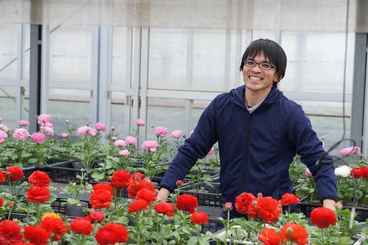 これからの花農家について話す海老澤さん