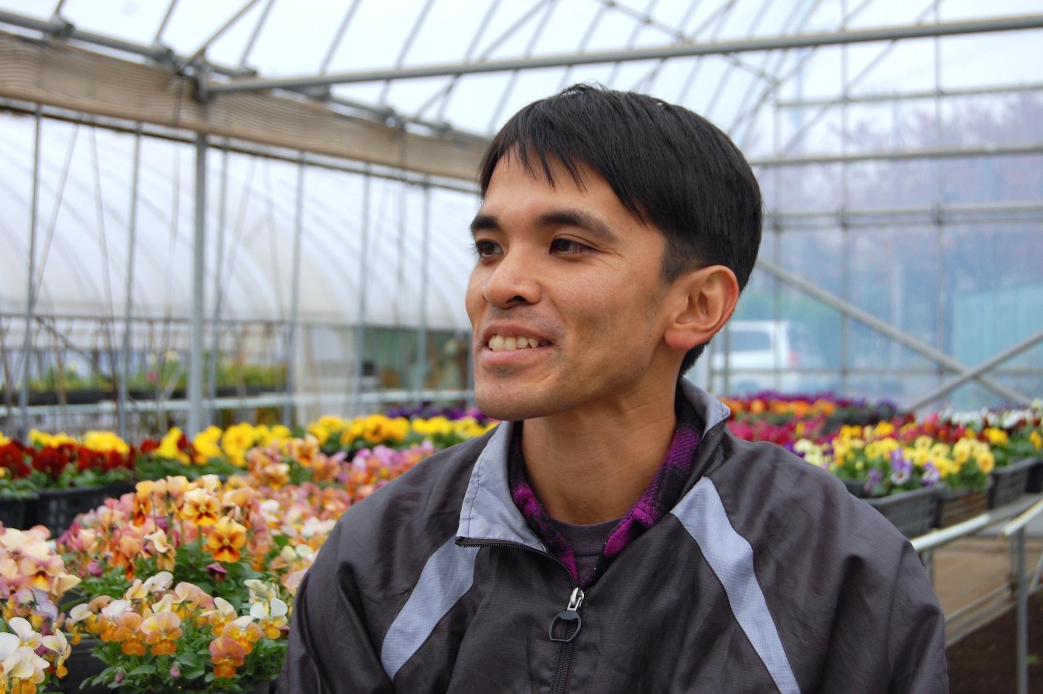 これからの花農家について話す海老澤一晃さん